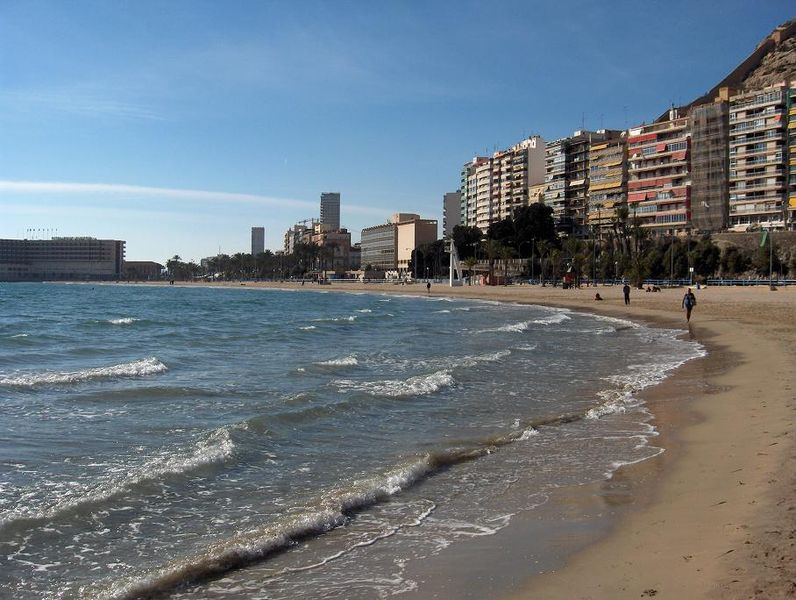 Playa_del_Postiguet_Alicante