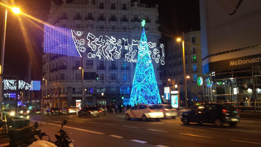 Gran Via iluminacion navideña madrid