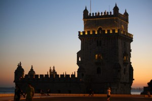 torre belem noche
