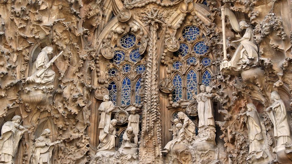 sagrada familia fachada