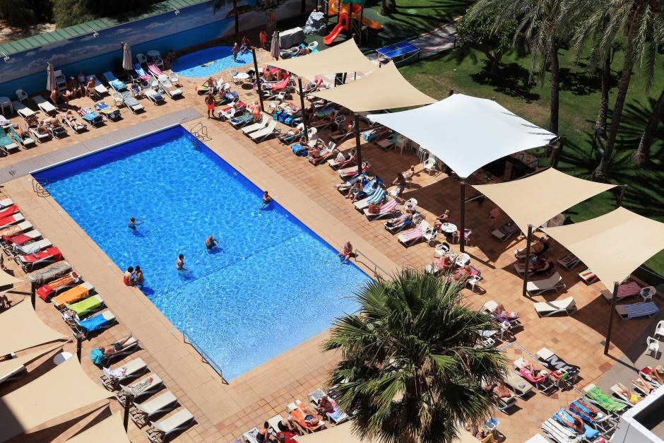 Piscina Hotel Helios